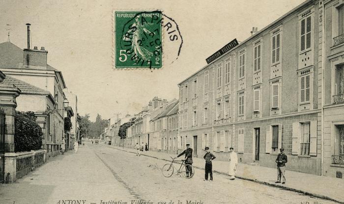 A voyagé en 1912