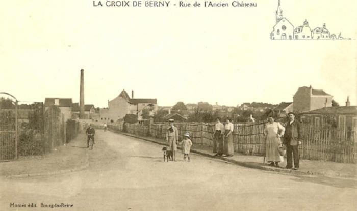 Rue de l'ancien chateau vers1920